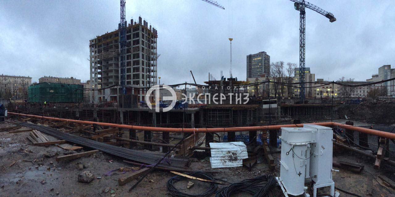 Этап строительства многофункционального жилого комплекса.