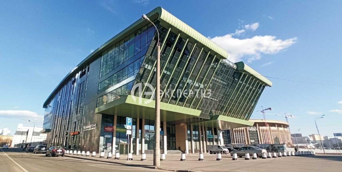 Здание Олимпик Боулинг центра на Олимпийском проспекте 16